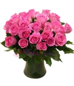 send 24 premium long stem pink roses in vase to japan